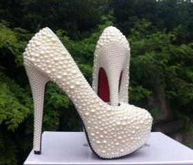 Red soles shoes High..