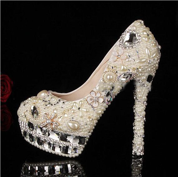 Luxuy Handmade Pearl Crystal Diamond Wedding Shoes White Bridal Dress Shoes  Women Platform High heels Glitter bda662c13735