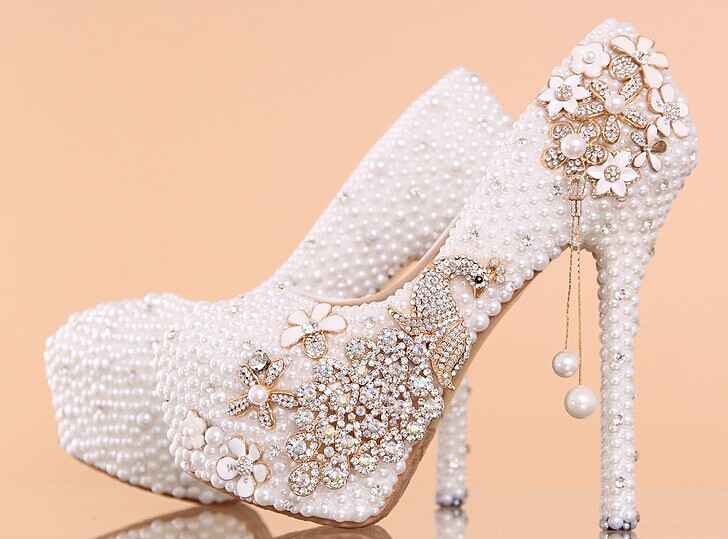 3fe477cf0c2 Women s Luxury Crystal Wedding Shoes Rhinestone floral Bridal Shoes Peacock  Women Pumps Bride Shoes Handmade